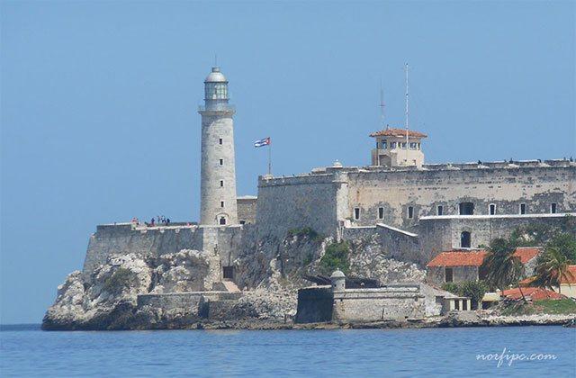 Resultado de imagen para Fotos de En La Habana (Cuba), tropas británicas ocupan el castillo del Morro
