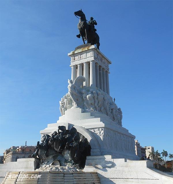 Monumento al General Máximo Gómez en La Habana